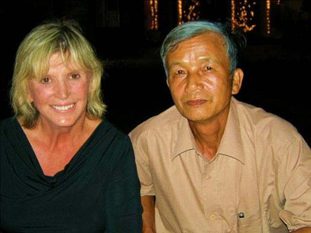 Elaine Zimmer with Do Xuan Du