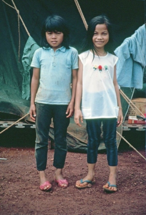 Vietnamese girls working in laundry
